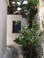 alley by acropolis
